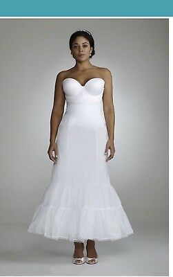 David's Bridal Fit and Flare Slip White Wedding Gown Women Size 16w