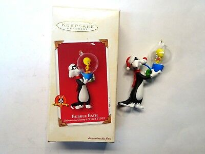 Hallmark 2003 Keepsake Looney Tunes Sylvestor & Tweety Bubble Bath Ornament MIB