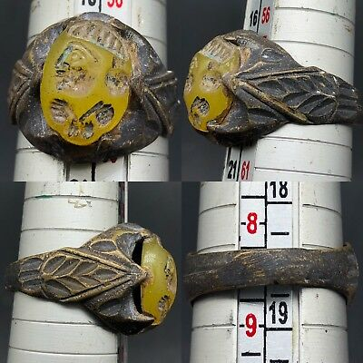 Antique Wonderful Old Roman face Stone Agate Wonderful seal ring