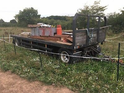 Drawbar trailer turntable drag box showmans bale farm straw fairground draw bar