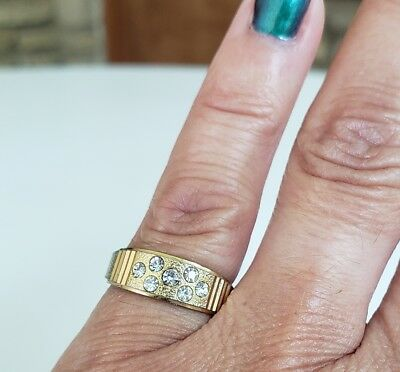 Vintage Clear Rhinestone Textured Gold Tone Band Ring Size 5