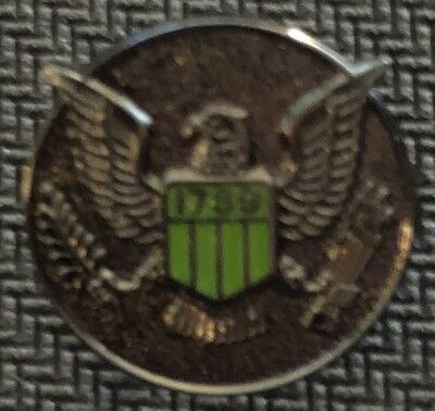 USMS - US Marshals Service 3/4in badge center VERY RARE black ZOMBIE lapel Pin