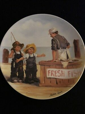 """Knowles """"Fish Story"""" Collectible Plate"""