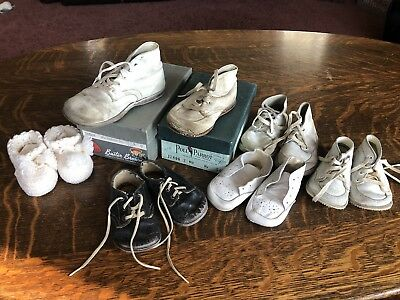 Lot Of Vintage Baby Shoes Booties Box Buster Brown Poll Parrot