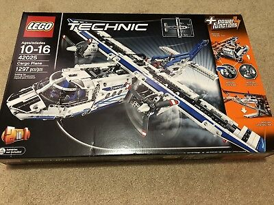 Lego Technic 42025 Cargo Plane 100 Complete With Instructions Used