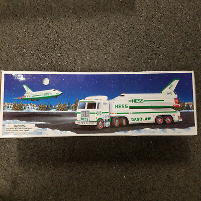 1999 Hess Collectible Toy Truck and Space Shuttle with Original Box