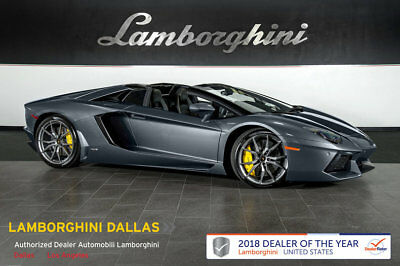 Lamborghini Aventador Roadster  NAV+RR CAM+GRAY DIONE WHEELS+PARK ASSIST+POWER/HEATED SEATS+TRANSPARENT ENGINE