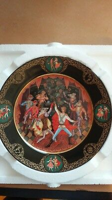 """Bradford Nutcracker collection """"Battle With The Mice King"""" Collector Plate"""