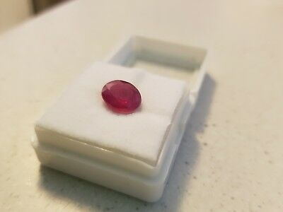 Gemstone: Natural Ruby, Pinkish Red, 5.7 ct, oval cut, with certificate