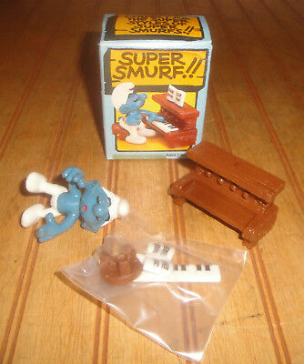 Vintage Wallace Berrie Peyo Super Smurf Piano #6737 Hong Kong NIB Sealed Parts