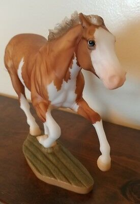Dark Horse 2018 Breyerfest Smarty Jones Surprise Palomino Paint SR Breyer