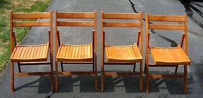 4 Vintage Maple Wood Slat Folding Chairs Excellent Condition Local Pick Up Only