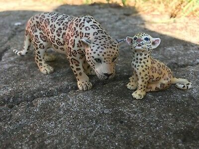 Schleich Leopards! Mother & cub - Great Condition