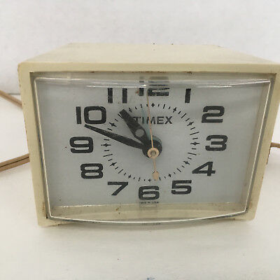 vintage retro  timex  bedroom  small bedside alarm clock model 7299A sold as is