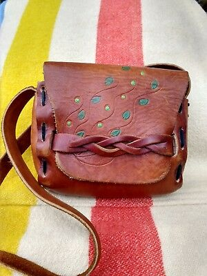 VINTAGE 60/70s HIPPIE HAND PAINT TOOLED LACED BRAIDED LEATHER SHOULDER BAG PURSE