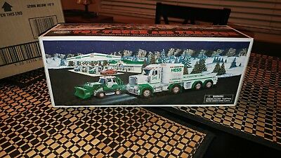 2013 Hess Toy Truck and Tractor new in box