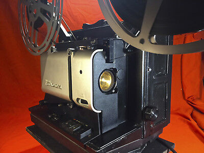 SINGER INSTALOAD-XL 16mm SOUND PROJECTOR READY FOR A SHOW S/N 43840H