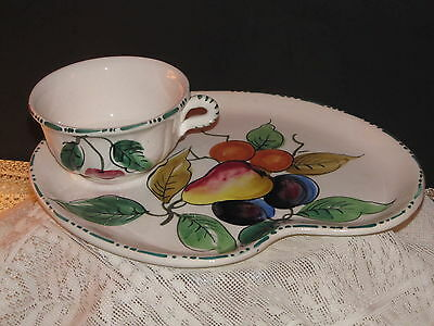 5 Beautiful Italian Hand Painted Antique Fruits Snack Plates.&cups Mold C/20  A+