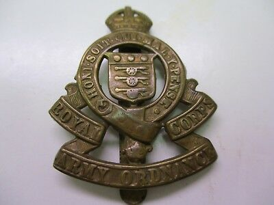 Wwii Imperial British Cap Badge For The Royal Army Ordnance Corps