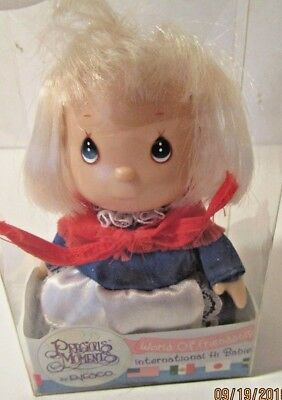 "PRECIOUS MOMENTS INTERNATIONAL HI  ""America"" BABIES DOLL ~ WORLD OF FRIENDSHIP ~"