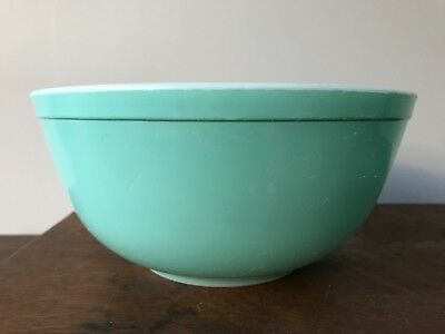 Vintage Robin's Egg Blue Turquoise 403 Pyrex Nesting Mixing Bowl