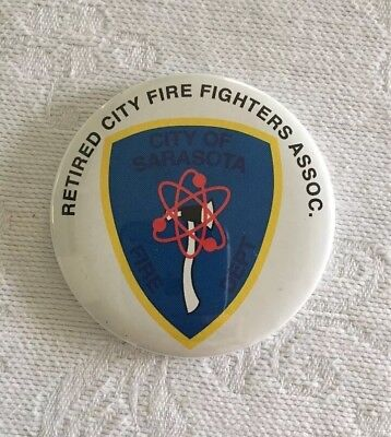 """1/"""" RETIRED FIRE-RESCUE CAPTAIN BADGE PIN Item #75"""