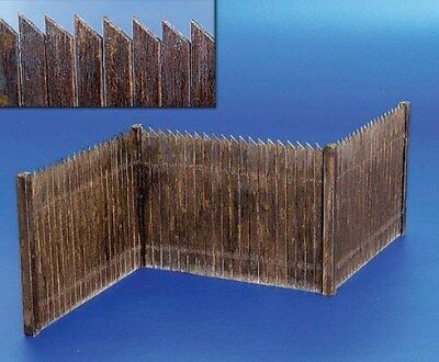 Plus Model 1:35 Wooden Corral Natural Wood Diorama Accessory #217