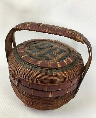 "Small Antique Chinese Weaved Basket with Lid and Handle 4.25"" Green & Red Paint"