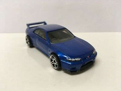 1993-1998 Nissan Skyline GTR R33 Collectible 1/64 Scale Diecast Diorama Model