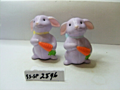 rabbits with carrots salt and pepper shakers