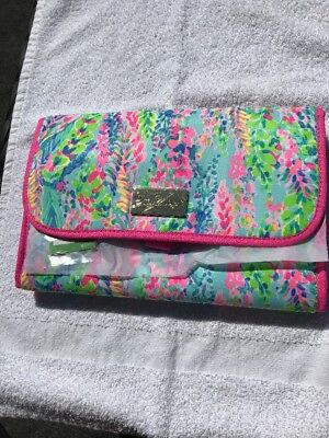 26b04ad448 Lilly Pulitzer NWT Hanging Travel Cosmetic Bag Catch The Wave Free Shipping