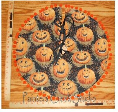 "SMILING JACK-O-LANTERN,Pumpkin Mini Tree Skirt, Lamp Skirt 19""dia,Prim,Halloween"