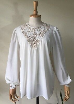 Women Chinese Hand Embroidered Stunning White Floral Long Sleeve Blouse top