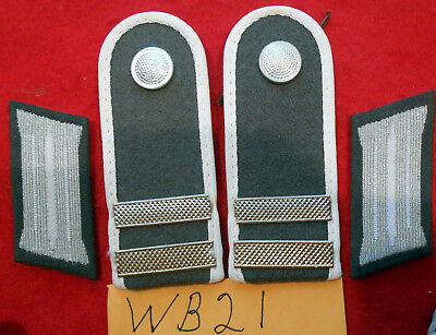 WB21 East German Army shoulder boards & collar tabs of a Stabsgefreiter Infantry
