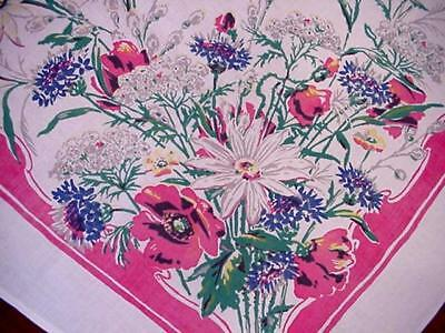Vintage COTTAGE GARDEN FLORAL Tablecloth QUEEN ANNE'S LACE Poppies Flowers NICE!