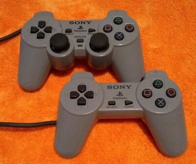 2x Sony PlayStation Original Controllers 1x DualShock SCPH-1200 1x SCPH-1080 PSX