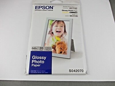 Epson Photo Paper Glossy .  102 X 152 Mm    20 Sheets