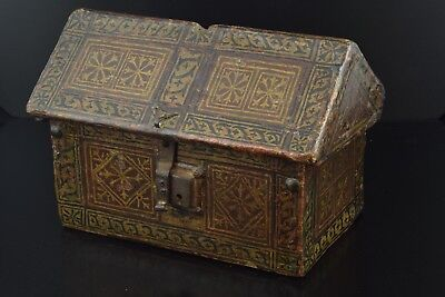 Gothic chest (casket); Spain, late 15th century.