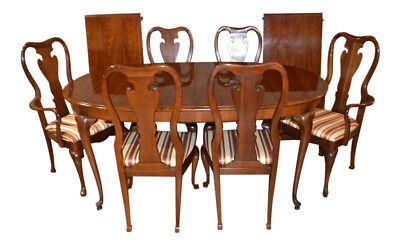 Vintage Thomasville Queen Anne Dining Table w/6 Chairs & 2 Leaves