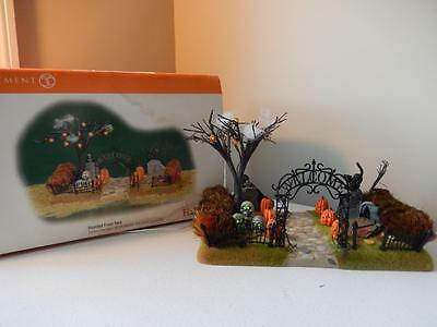 Department 56 - Halloween Haunted Front Yard #56.52924 Spooky & Fun Lights