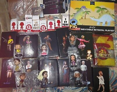 26pc Firefly MEGA CRATE - 22 figs (2 kaylee, 5 Mal),mini masters qfig, ship, ...