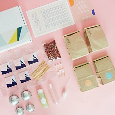 Essential Oil Bath Bomb DIY Kit 29 Piece Set Luxury Bombs