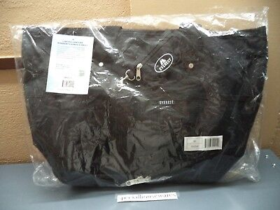 "Everest Overnight Bag Black Poly 16.5"" x 14"" x 7""  Large & Small Zip Pockets NWT"
