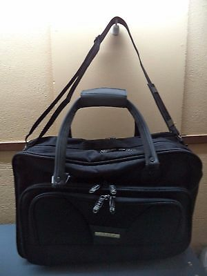 "Tosca Australia Carry-On Polyester Suitcase 18""L 12""H 9""W, 4 Zip Pockets NWOT"