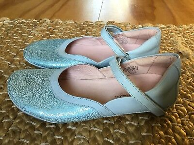 Tip Toey Joey Walkers Light Blue Leather Girls Mary Janes EUR Size 34 As New