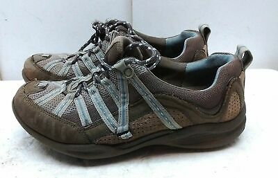 d14cb9ced1c Clarks Wave Size 7 M Brown Leather Fashion Sneakers Walking Casual Shoes  Women s