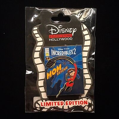 DSSH LE Mrs Incredible Incredibles 2 Family Mom Comic Book Cover DSF Disney Pin