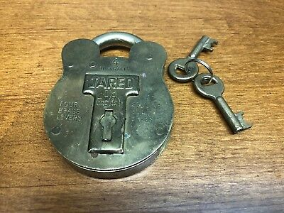 """Vintage """"JARED"""" Old English  Solid Brass Lock with 2 Keys"""