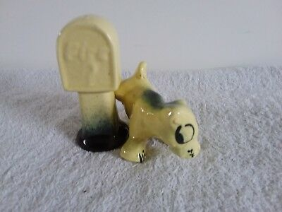Vintage Novelty Salt and Pepper Shakers Dog & Fire Hydrant