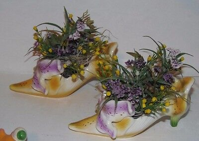 Shoe vase Lillies set of 2 yellow and purple 2004HH